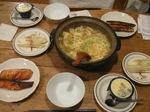 豆腐とひき肉団子の卵とじ鍋.jpg