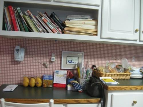 31日 キッチン このラフさがたまらない.jpg