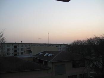 こっちも 窓を通して外を見ているんですよ 汚れがないでしょ♪.jpg