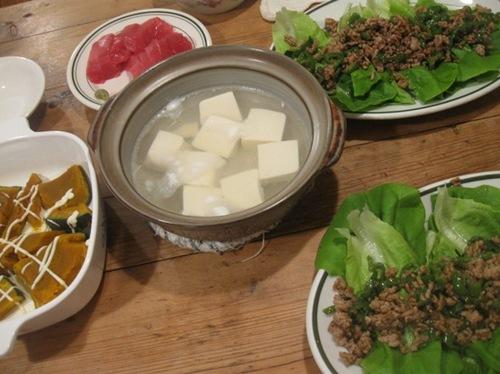 ひき肉とピーマンのサラダナ巻き♪.jpg