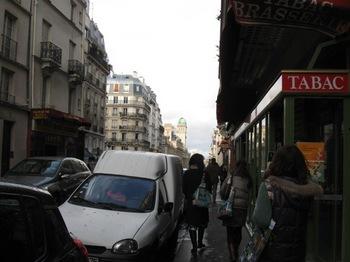 フル―ルドクール3 パリの下町を案内していただきます.jpg