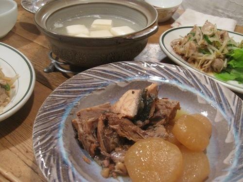 ブリ大根 豚肉と野菜のピリ辛茹で和え.jpg