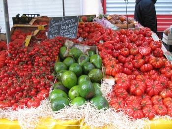 マルシェへ12 トマト買っちゃいました.jpg