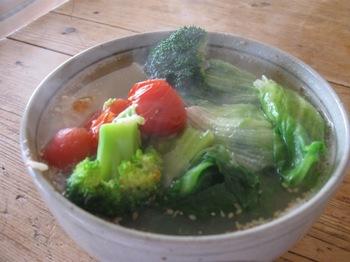 ラーメンより野菜が多いやん♪.jpg