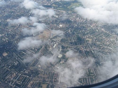 ロンドン上空で~~~す.jpg