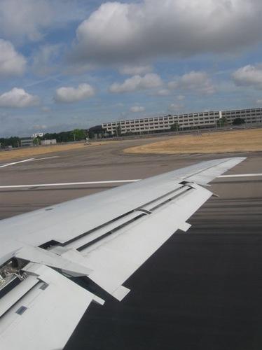 ロンドン空港着陸.jpg
