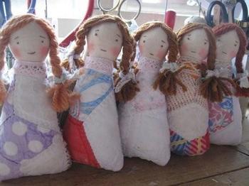 三つ編み女の子.jpg