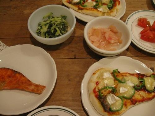 今夜はナンピザの日♪ 美味しい♪.jpg