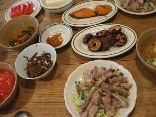 千切り野菜と焼き豚のゴマドレ和え.jpg