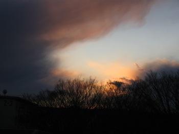 夕方 すごい空模様 風強し。.jpg