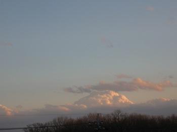 富士山に雲がかかっているような雲(笑).jpg