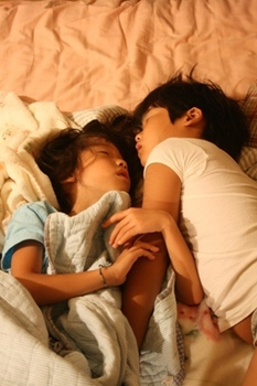 寝てる時は・・仲いいね(笑).jpg