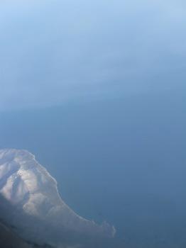 氷に覆われた陸と海の境目.jpg