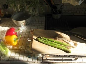 良く陽の入るキッチンです♪.jpg