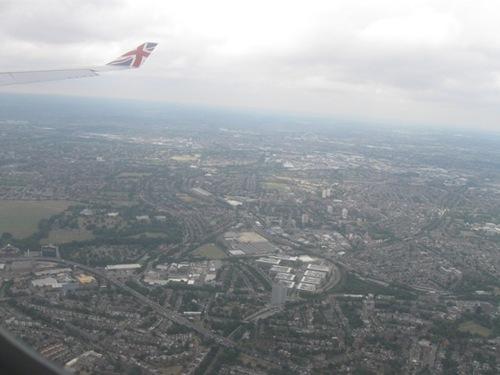 12時間強の飛行 イギリスが見えてきました.jpg