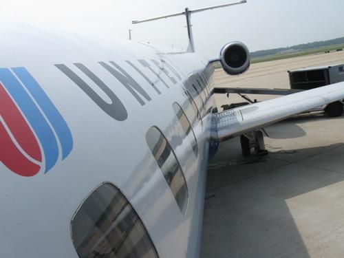 5日目 まずは小さい飛行機でワイントンDCへ.jpg