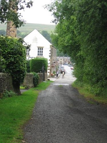 7・村はずれから村を見る.jpg