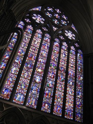 N教会のステンドグラス.jpg