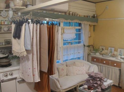 鴨居も洗濯物をかけて 明日の朝には乾きます♪.jpg